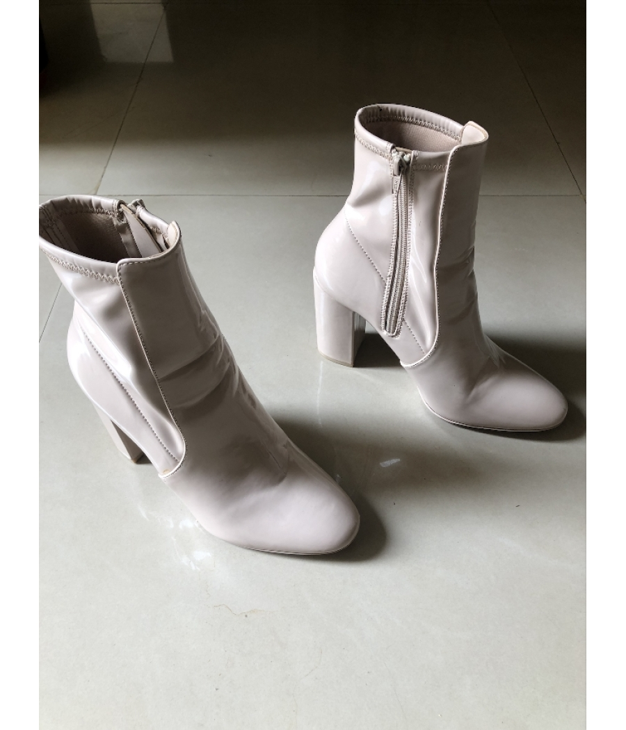 Aldo Aurella Boots in Nude Shade  Patent Leather   Lightly used
