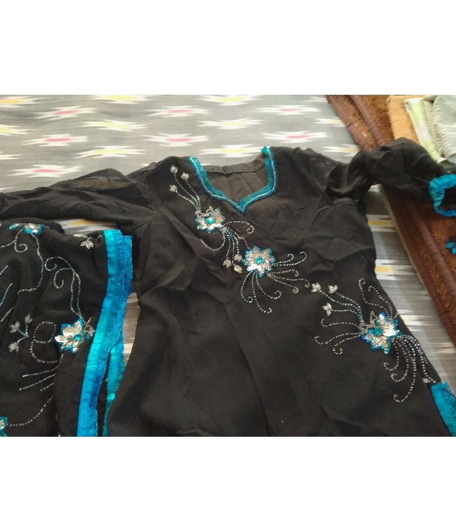 Salwar suit with dupatta