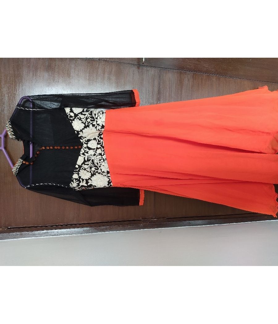 PARTY WEAR GOWNS AND SUITS FOR UNBELIEVABLE PRICES