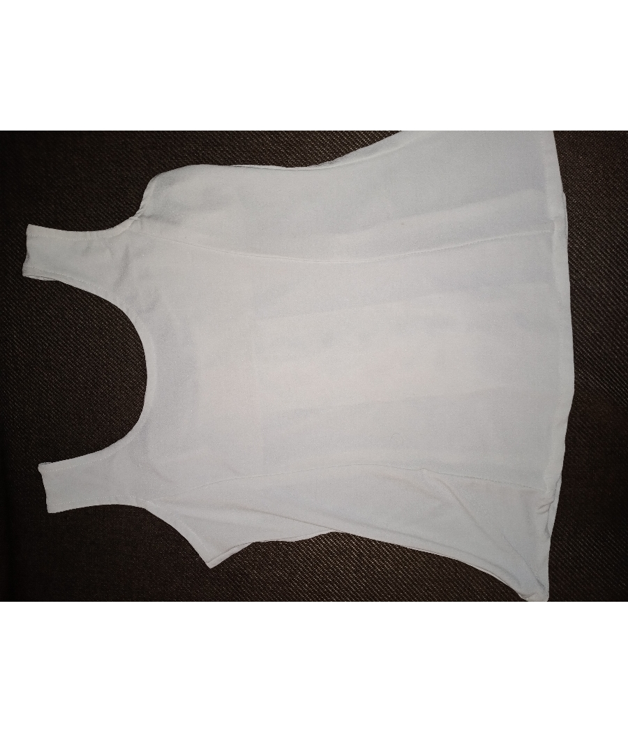White front knot top