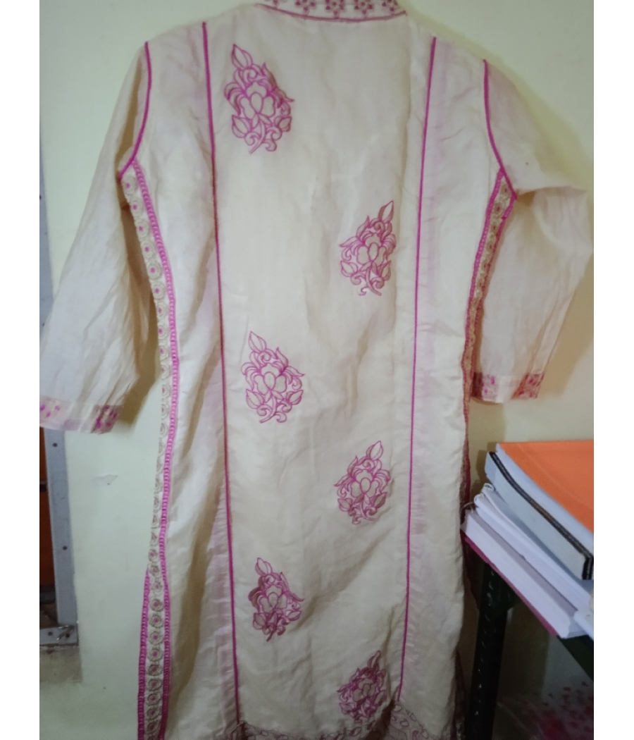 Kurti white and pink colour