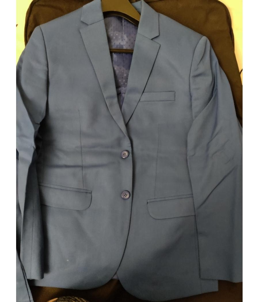 Raymond Suit