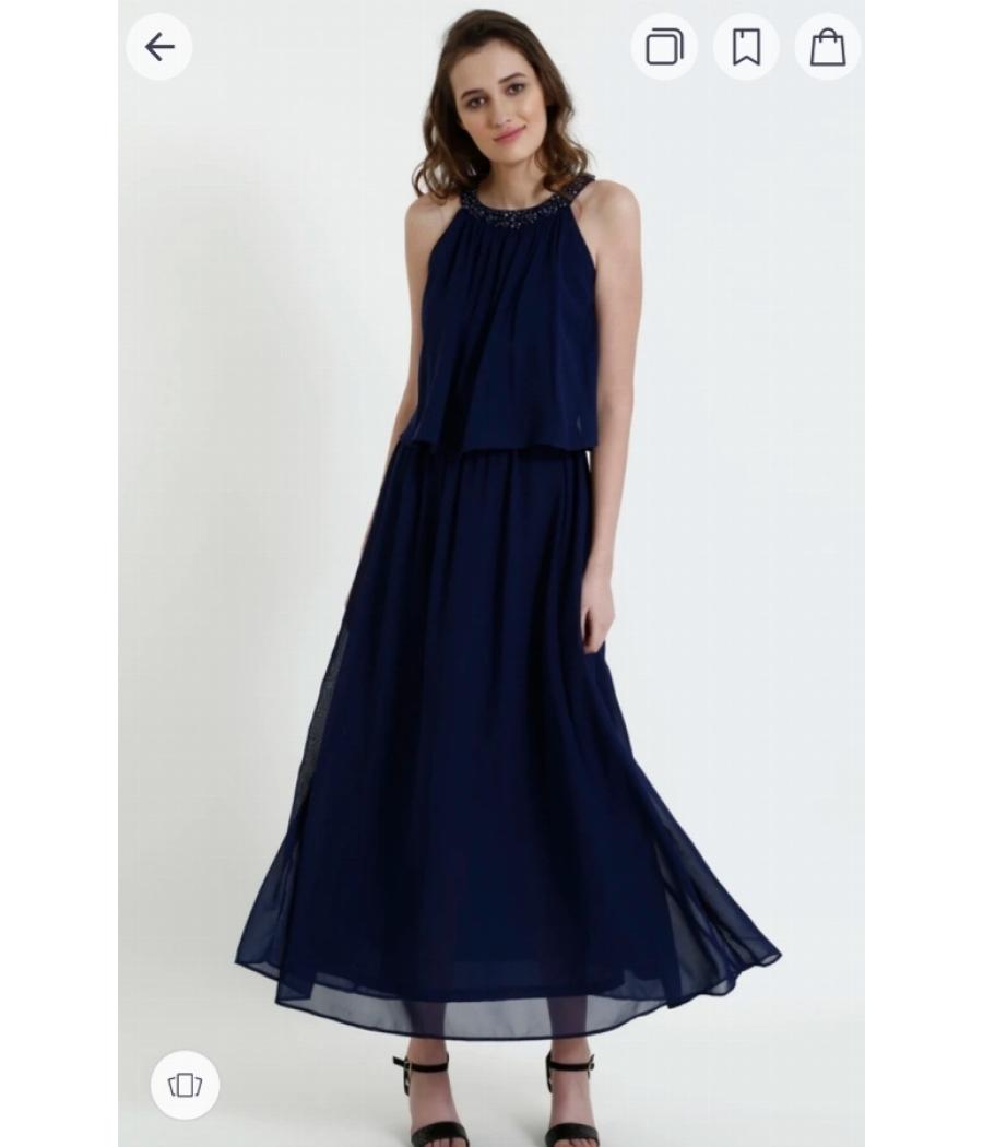Coverstory Blue Dress