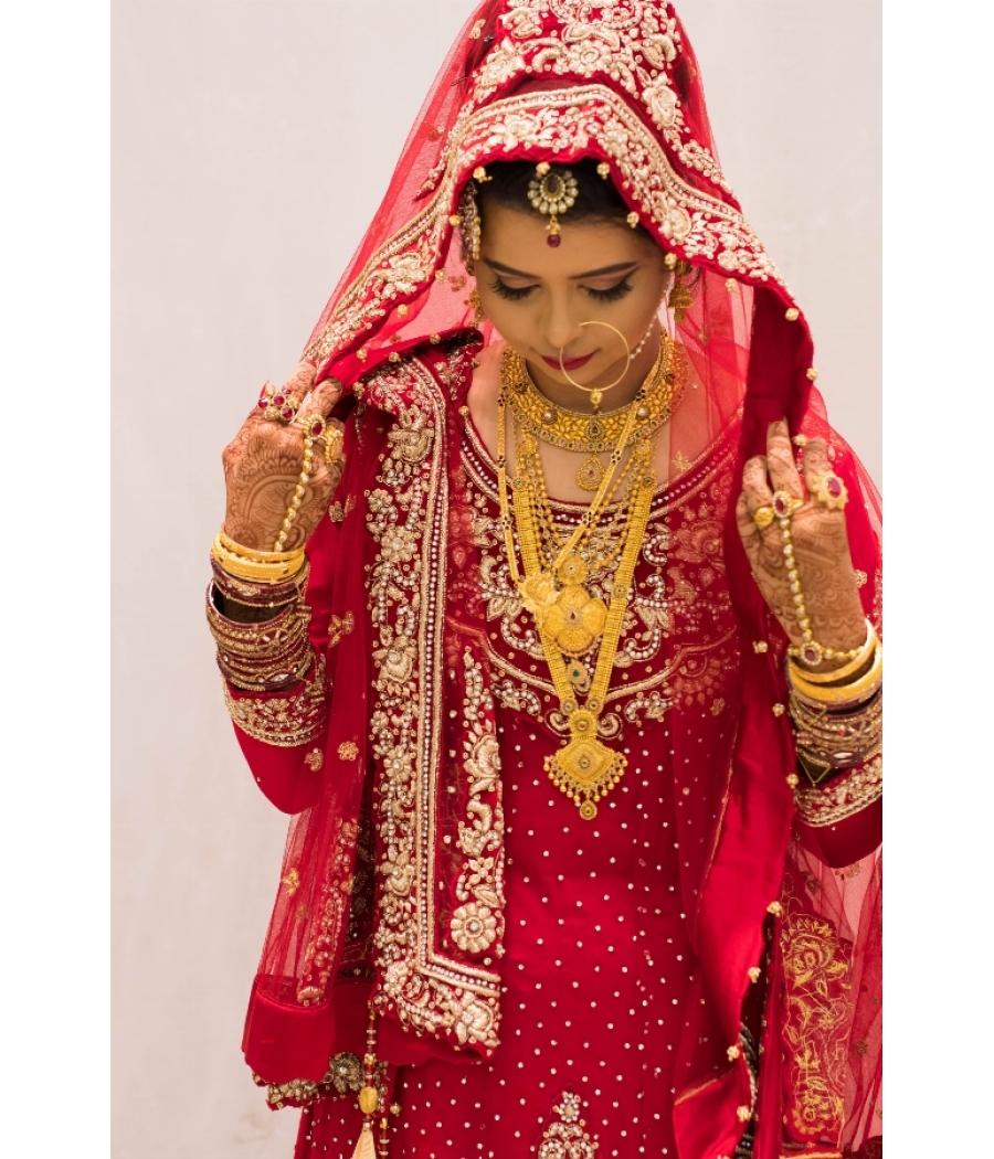 Bright Red Wedding Dress Tail Lehenga
