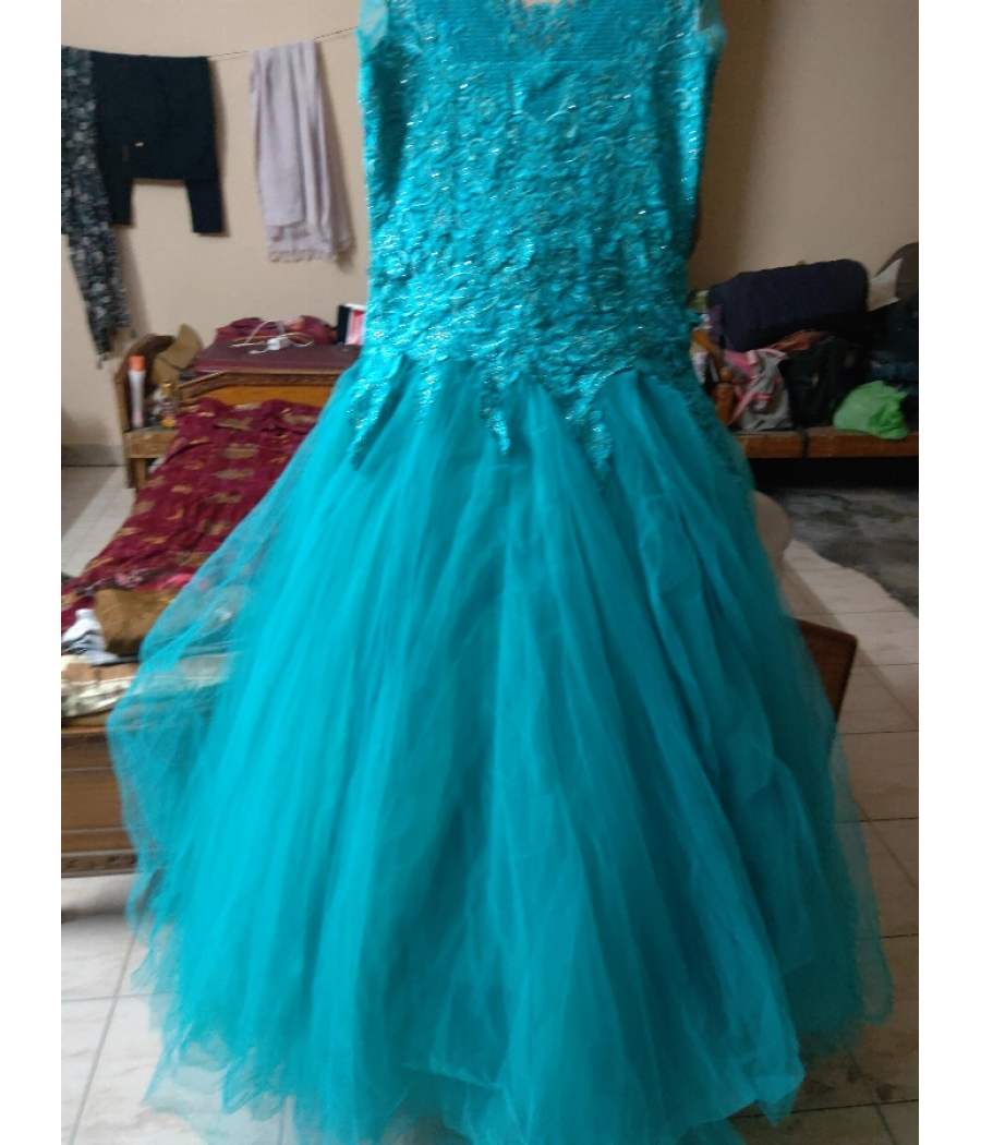 6layers ball frock