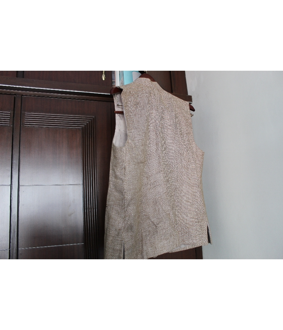 Male/Mens sleeveless linen material with jute look White and Brown Bandi/nehru jacket large