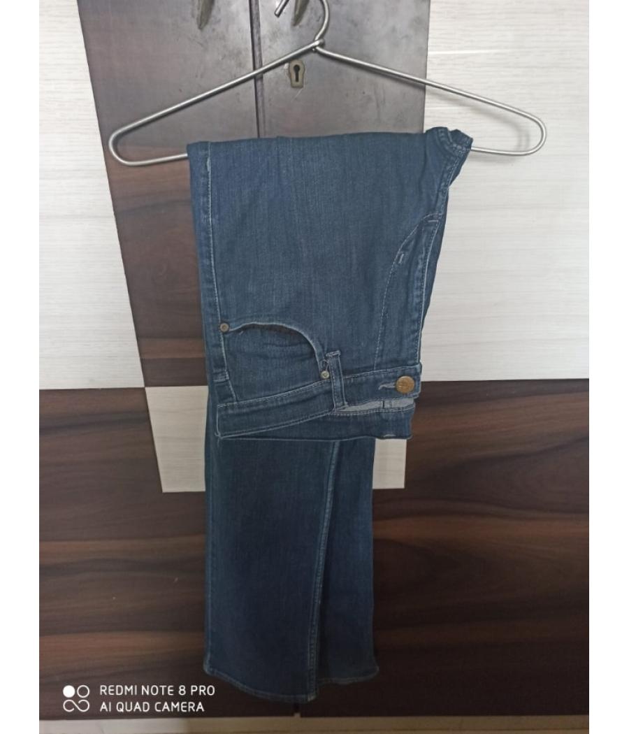 Original Lee Denims | Straight Blue Denim Jeans | Normal Fit | Size 32 Waist | Used Jeans