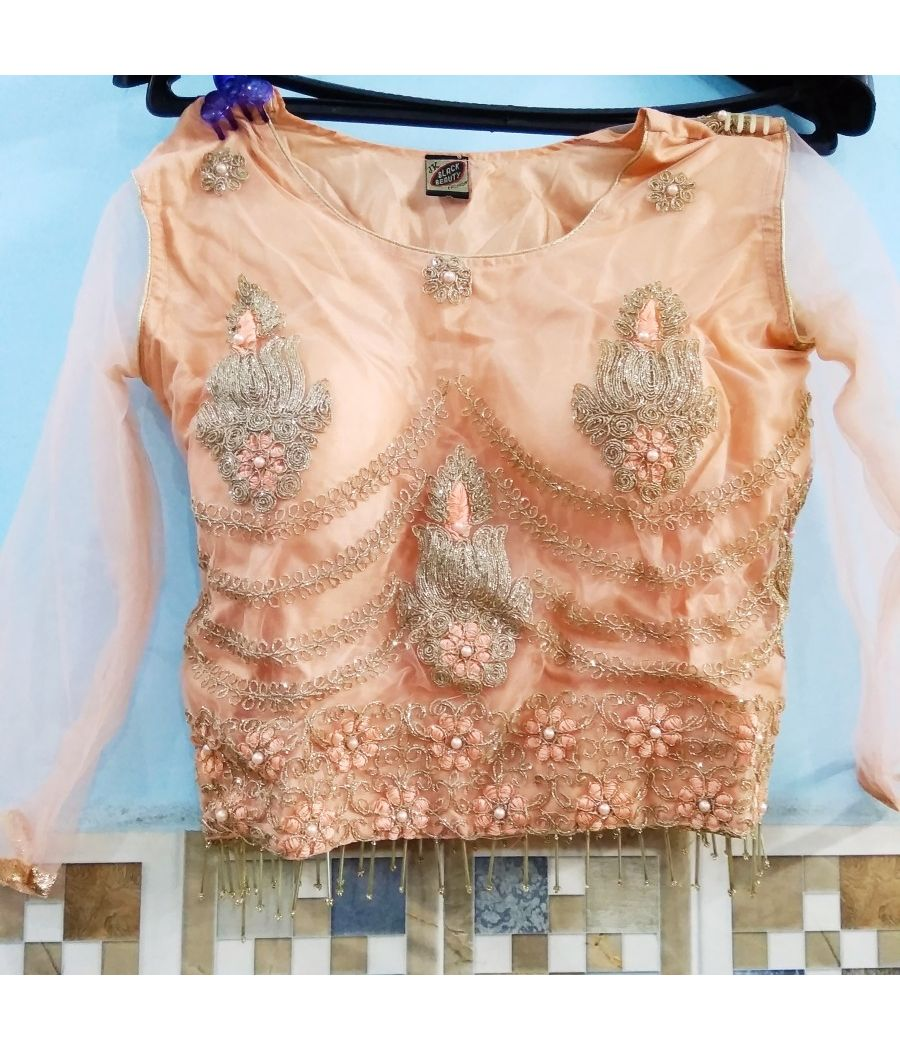 Beautiful lehnga blouse with chunni