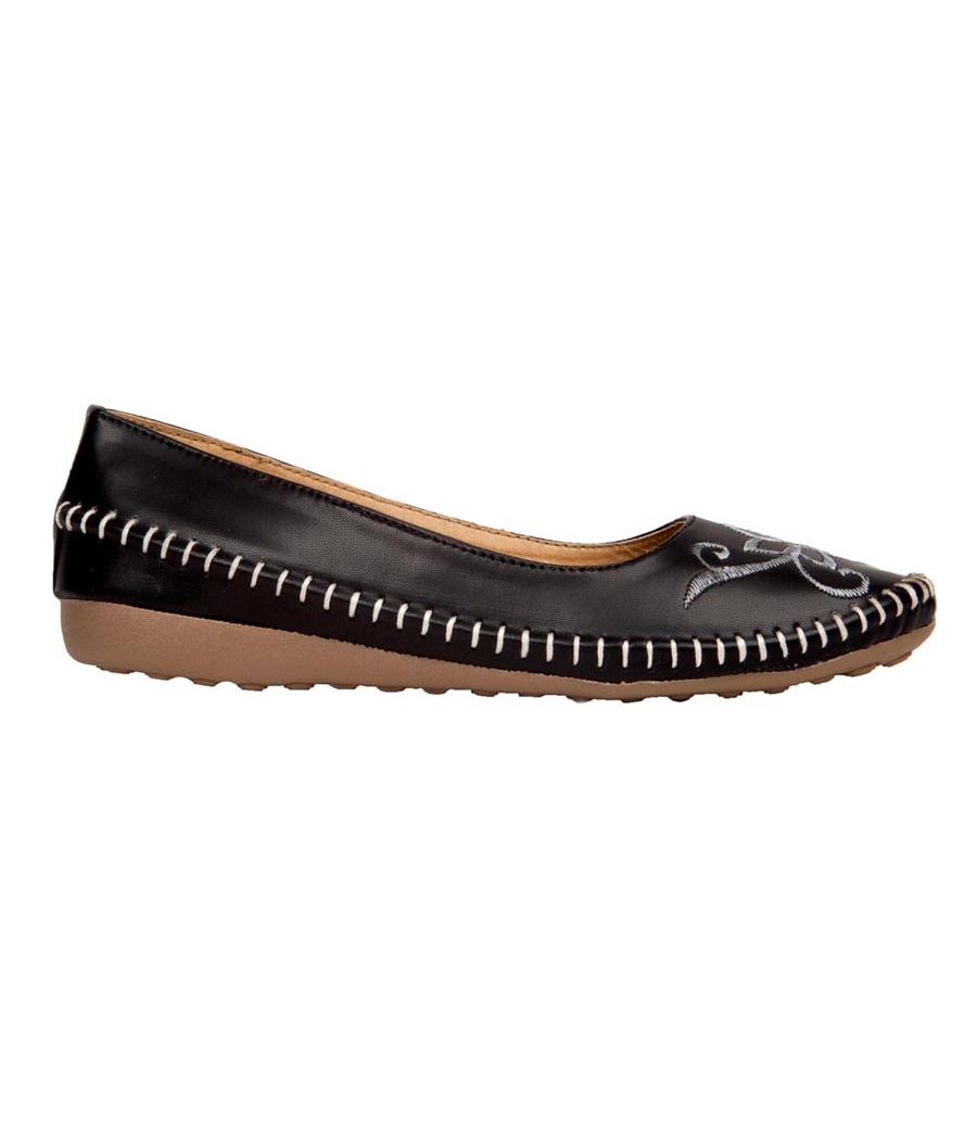 GMF Synthetic Leather Black Broad Toe Casual Flat