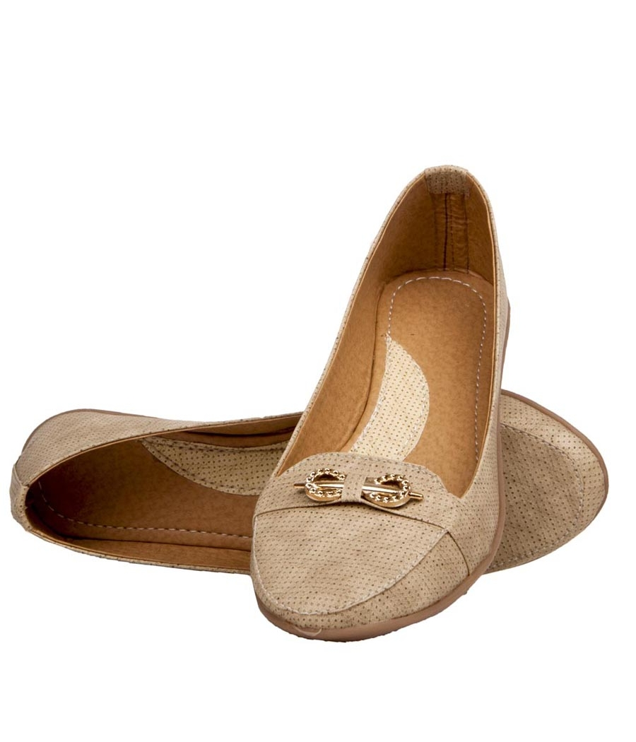 Rudra Collection Synthetic Leather Cream Broad Toe Flat Bellies