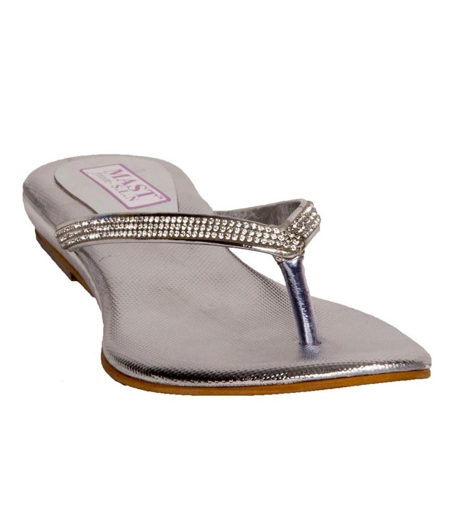 SLN Synthetic Leather Silver Open Toe V Strap Flat Flip