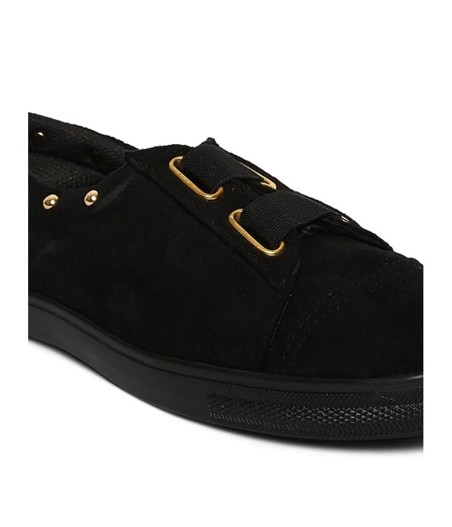 Estatos Broad Toe Black Comfortable Flat Sneakers for Women