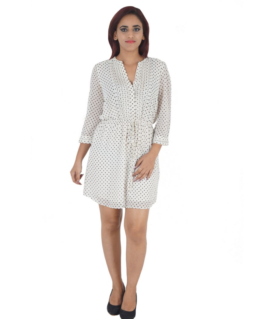H & M Georgette Polka Dot White & Black Pleated Casual Mini Shirt Dress