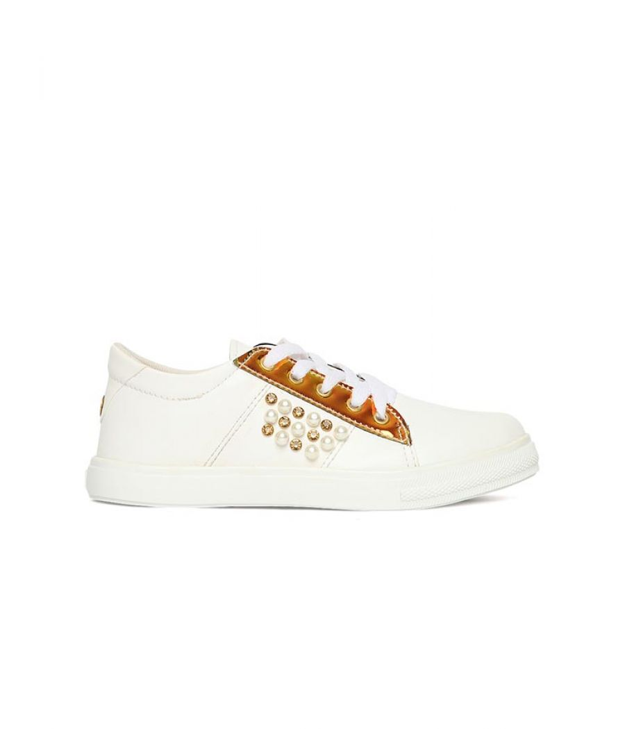 Estatos Broad Toe White Comfortable Flat Sneakers for Women