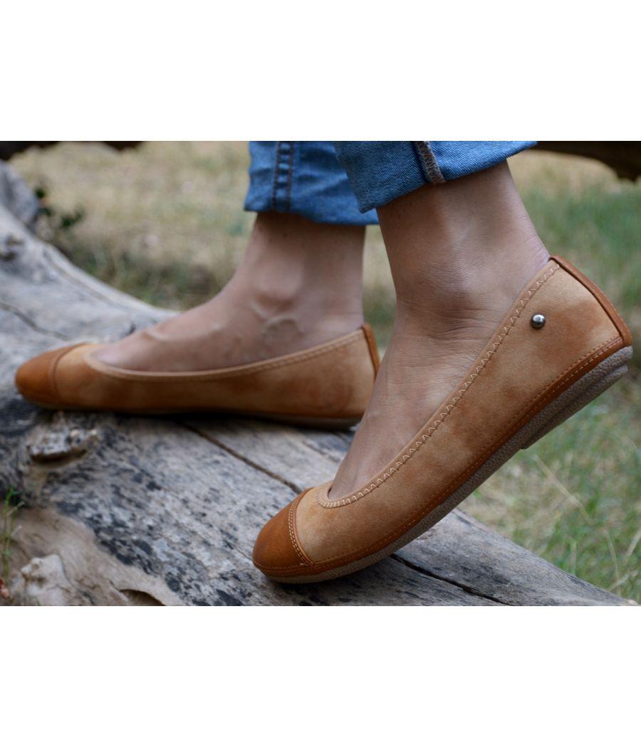 Estatos Faux Leather Walk cut tip design flat Brown bellies/shoes