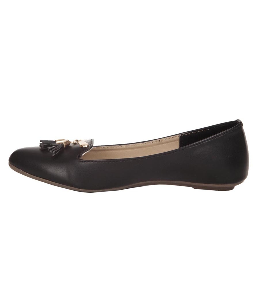 Aridev Enterprises Synthetic Leather Black Coloured Belly Shoes