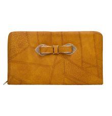 Envie Faux Leather Cream Coloured Zipper Clsoure Croc Pattern Clutch for Women