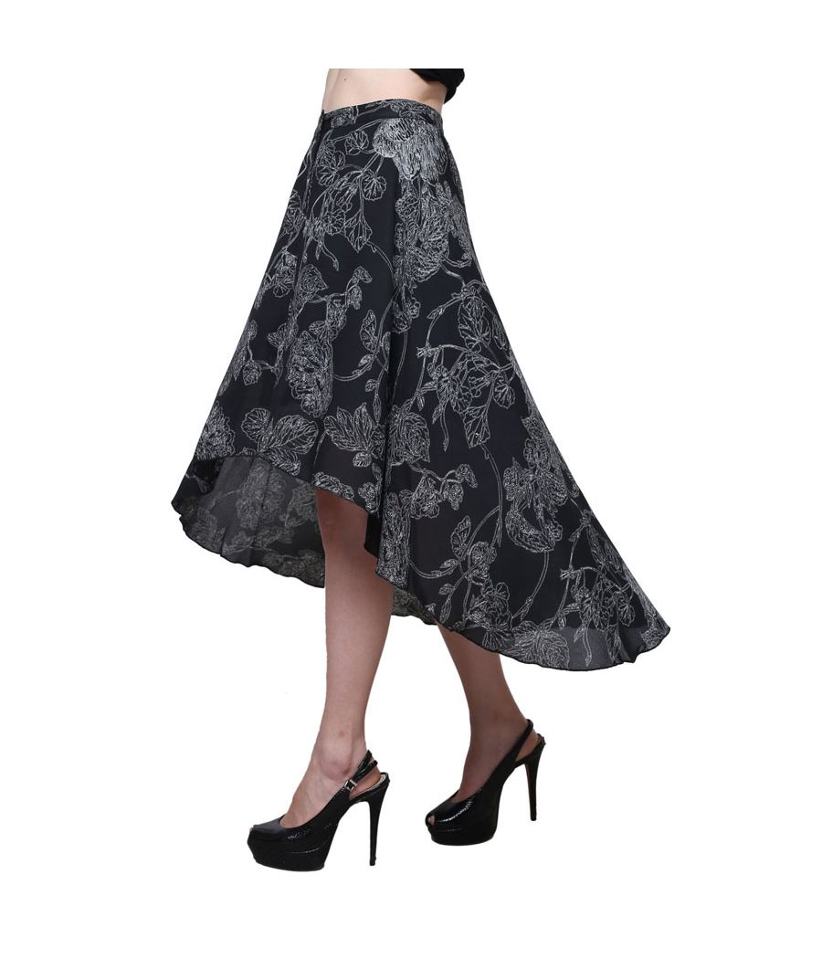 Estance Crepe Floral Print Black & White Midi Skirt