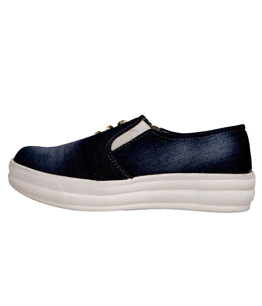 SLN Synthetic Leather Blue Broad Toe Platform Heel Casual Sneakers