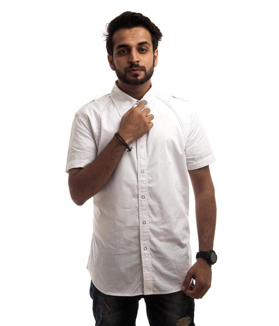 Signature Cotton White Half Sleeves Straight Fit Button Closure Casual Shirt