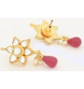 Flower Shaped Kundan Earrings