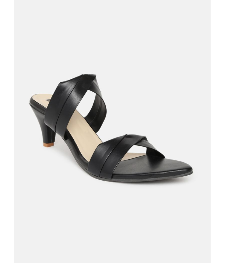 Estatos Leather Kitten Heeled Black Sandals