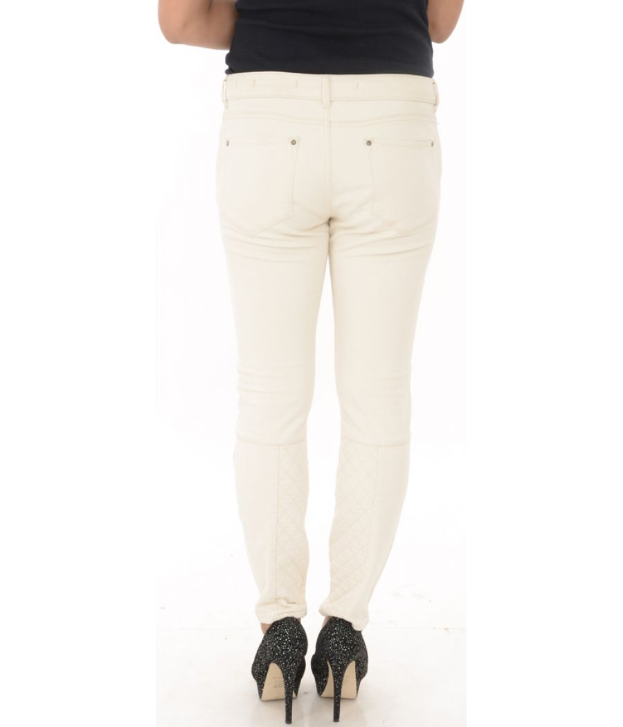 Leana Woman Cream Front Zippered Trousers