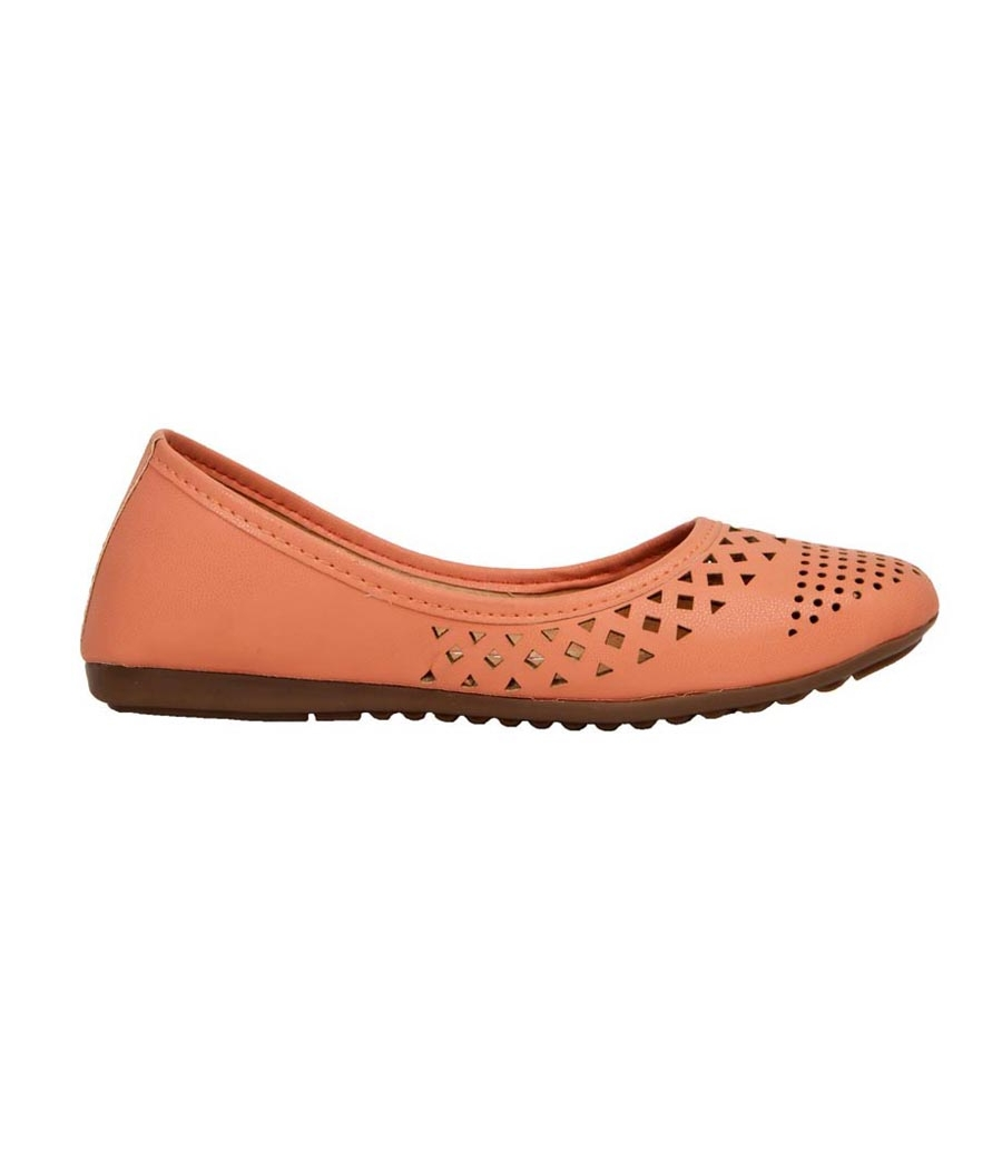 SLN Synthetic Leather Peach Coloured Broad Toe Casual Bellies